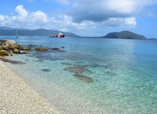 Пляж острова Fitzroy в Квинсленде Стоковое фото RF