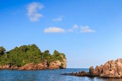 Пляж предпосылки каменный, Стоковая Фотография