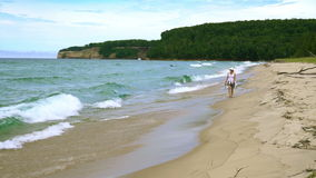Пляж пункта песка акции видеоматериалы