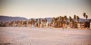 Пляж Санта-Моника на заходе солнца Стоковые Изображения