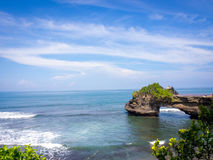 Пляж серии Tanah, Бали, Индонезия Стоковое фото RF