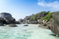 пляж утесистый Стоковые Фотографии RF