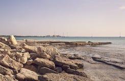 пляж утесистый Стоковая Фотография RF