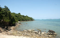 Пляж, утесы и Стоковое фото RF