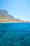 Пляж Balos Взгляд от острова Gramvousa, Крита в водах бирюзы Greece Волшебная бирюза мочит, лагуны, пляжи чисто белого песка стоковое фото rf