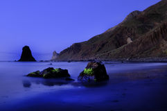 Пляж Benijo в Канарских островах. Стоковое фото RF