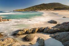 Пляж Bodri около Ile Rousse в Корсике Стоковые Фотографии RF