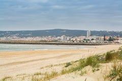 Пляж Cabedelo в Figueira da Foz, Португалии Стоковые Фото