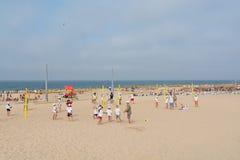 Пляж Carcavelos в Carcavelos, Португалии Стоковое Фото