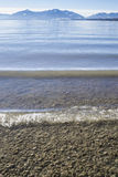 Пляж Chiemsee, панорама горы Стоковая Фотография RF