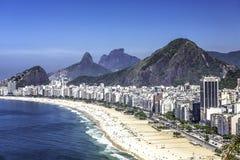 Пляж Copacabana в Рио-де-Жанейро стоковое изображение rf