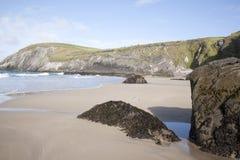 Пляж Coumeenoole, голова Slea; Полуостров Dingle Стоковая Фотография