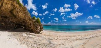 Пляж Dreamland - Бали Индонезия Стоковая Фотография