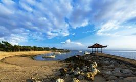 Пляж Dua Nusa рано утром Стоковая Фотография RF