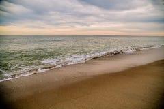 Пляж Edisto на заходе солнца Стоковые Изображения