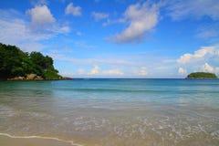 Пляж Kata - Пхукет - Таиланд Стоковое Изображение RF
