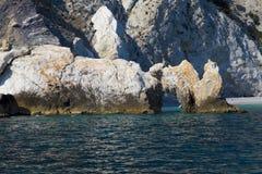 Пляж Lalaria на острове Skiathos в Греции стоковые фото