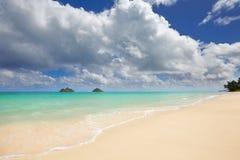 Пляж Lanikai и острова Mokulua, O'ahu, Hawai'i Стоковые Изображения