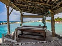 Пляж Mambo - кровати массажа Стоковая Фотография