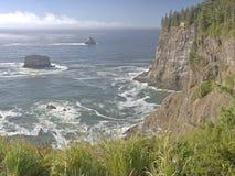 Пляж Meares накидки и побережье Орегона скал Стоковая Фотография