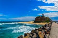 Пляж Nobby в Ньюкасл NSW Австралии стоковое фото rf