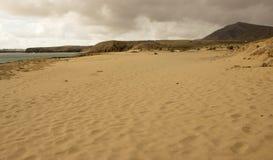 Пляж Papagayo на Лансароте, архипелаге Канарских островов Стоковые Изображения