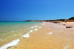 Пляж Prestine вдоль Индийского океана, около Broome, западная Австралия Стоковое Изображение RF