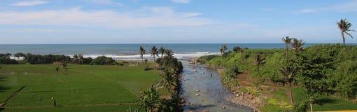 Пляж Rancabuaya стоковая фотография
