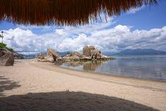 Пляж Ranh кулачка, Khanh Hoa, Вьетнам - 9-ое октября 2016 Стоковые Фотографии RF