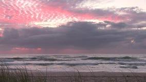 Пляж ` s Elston рассвета, aka рай ` s серфера `, австралиец Gold Coast сток-видео