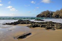 Пляж Sancho noronha de fernando Pernambuco Бразилии стоковое изображение rf