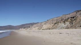 Пляж Sandcliff Jalama и берег акции видеоматериалы
