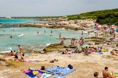 Пляж Suina della Punta около Gallipoli в Salento Apulia Ita Стоковые Фотографии RF