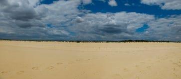 Пляж Tavira Остров Tavira algarve Португалия Стоковые Изображения