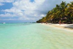 Пляж Trou вспомогательное Biches, Маврикий Стоковые Изображения