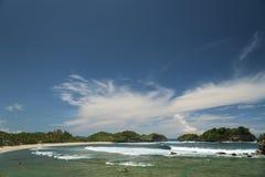 Пляж Watu Karung, Pacitan, Ява, Индонезия Стоковое Изображение