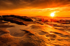 Пляж Windansea на заходе солнца стоковое изображение