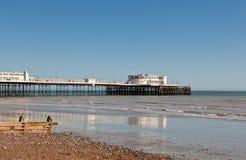 Пляж Worthing, западное Сассекс, Великобритания Стоковое фото RF