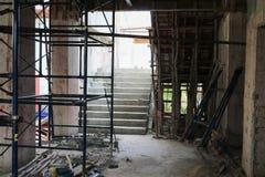 Работайте конструкция и ремонтина в здании рабочего места места Стоковое фото RF