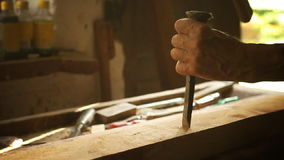 Работа в магазине плотничества сток-видео