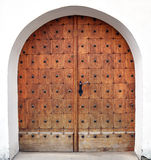 работа кузнца двери деревянная стоковые фото