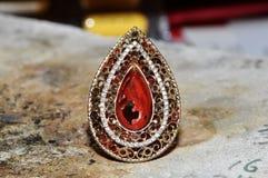 работа магазина кольца диаманта незаконченная Стоковые Изображения RF