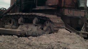 Работа машины бульдозера сток-видео