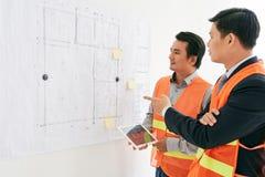 Работа на проекте жилищного строительства Стоковые Изображения RF
