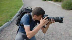 Работа фотографа внешняя сток-видео