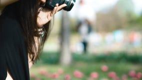 Работа фотографа с модельное внешним акции видеоматериалы