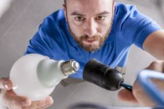 работа электричества электрика измеряя Стоковые Изображения RF