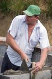 работа bricklayer Стоковая Фотография