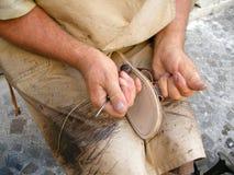 работа shoemaker Стоковые Изображения