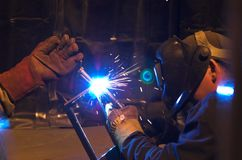 работа welder Стоковые Изображения RF